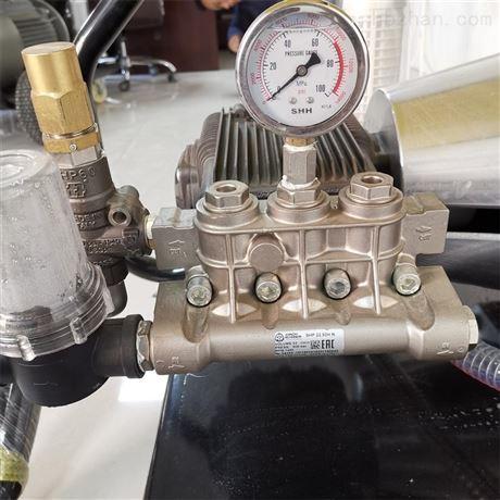 高压水无尘喷砂除锈机