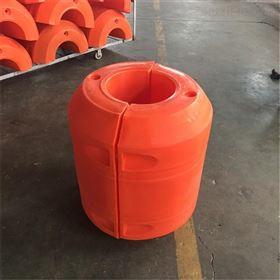 FT700*800水上管道浮体有着多种多样对夹组合式浮筒
