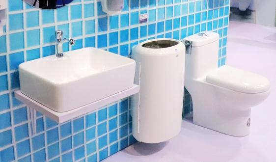 """完成""""厕所革命"""" 民生和环境问题一网打尽"""